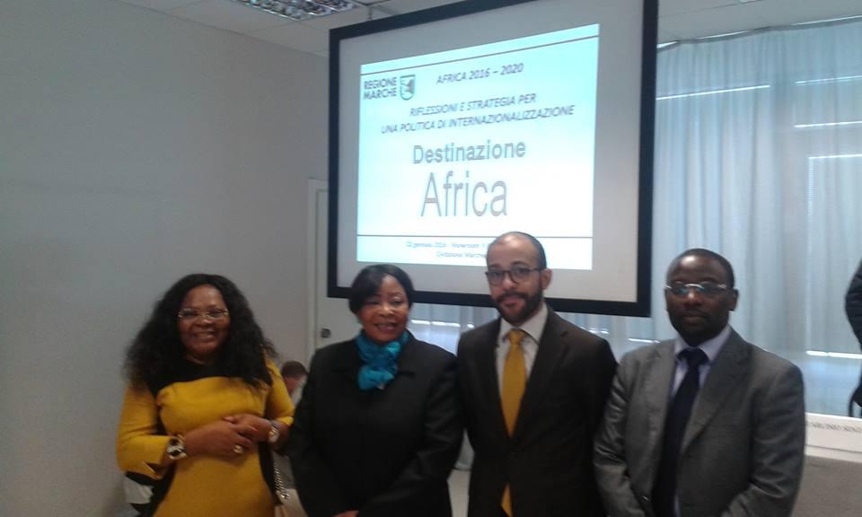 Cecilia Obono Ndon (Nuova Guinea Equatoriale), Margaret Bisi Meshioye (Nigeria), Luis Saraiva De Carvaio (Angola), Claude Ngirumpatse (esperto mercati africani)