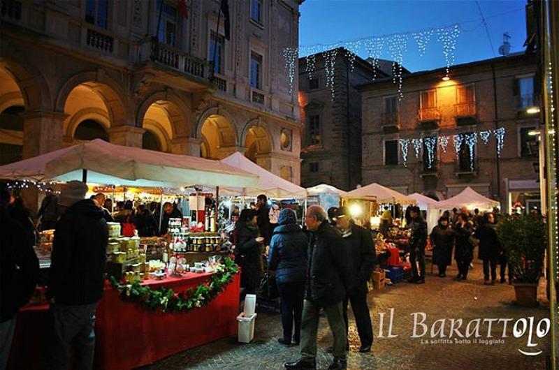 """Macerata: domenica 10 """"Il Barattolo"""", mercatino di primavera"""