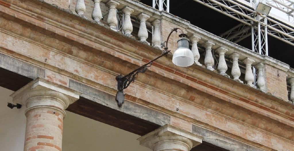 sferisterio-lampione