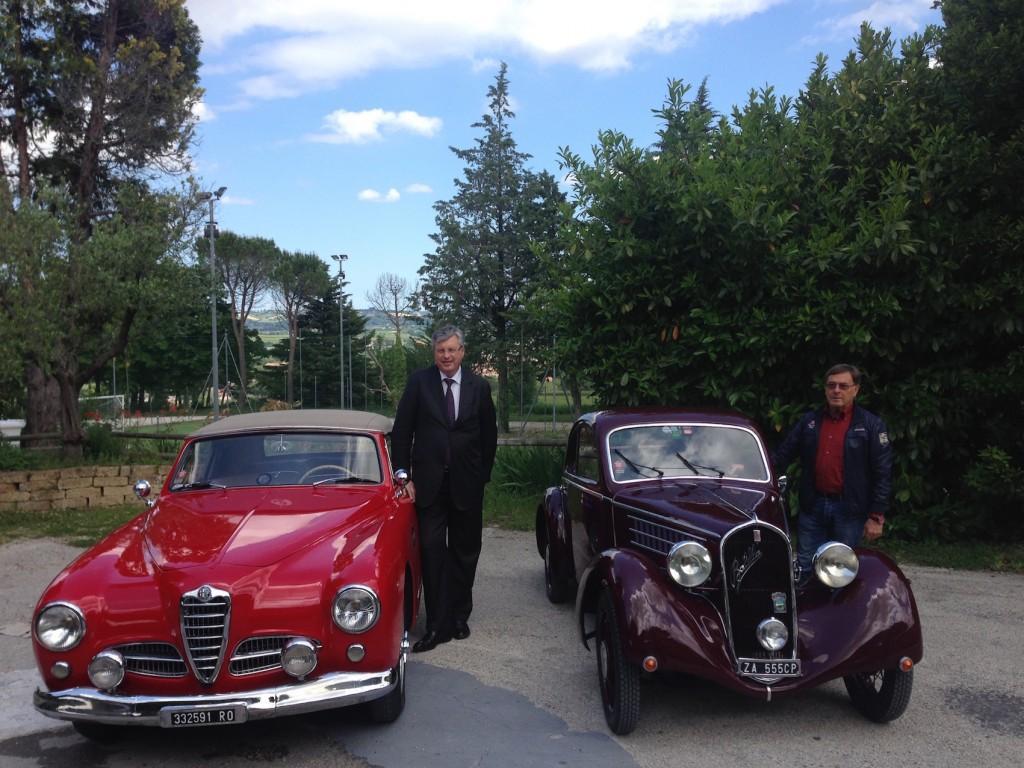 Giuseppe Casali con l'Alfa Romeo 1900 Sprint Cabriolet Pininfarina e Adalberto Beribè con la Fiat 508 CS Mille Miglia Berlinetta