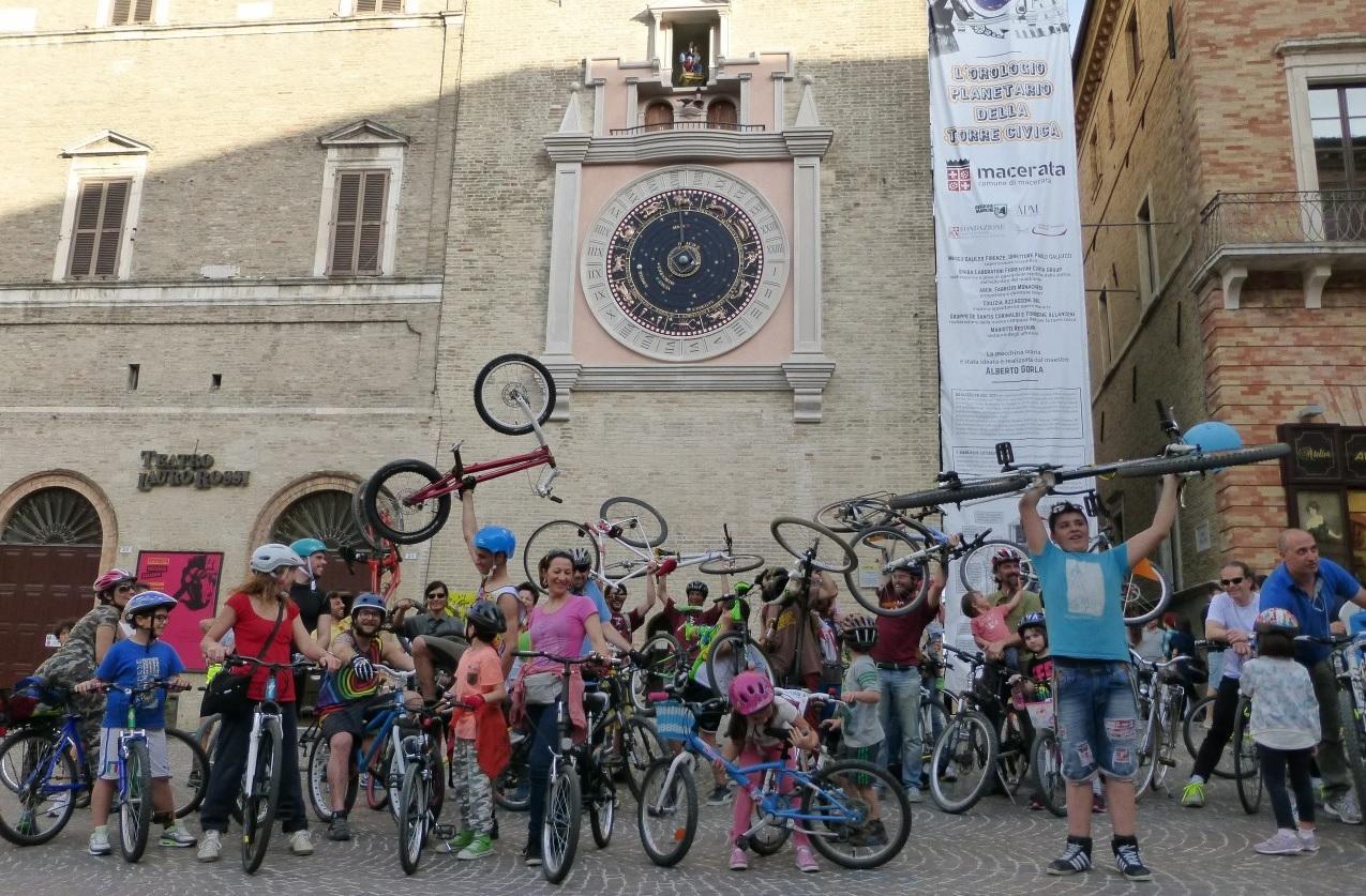 """A Macerata """"Ciclopica"""", la festa di chi ama la bicicletta"""