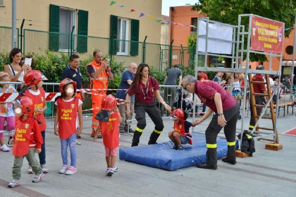 """San Ginesio è Pompieropoli. Bambini """"pompieri per un giorno"""""""
