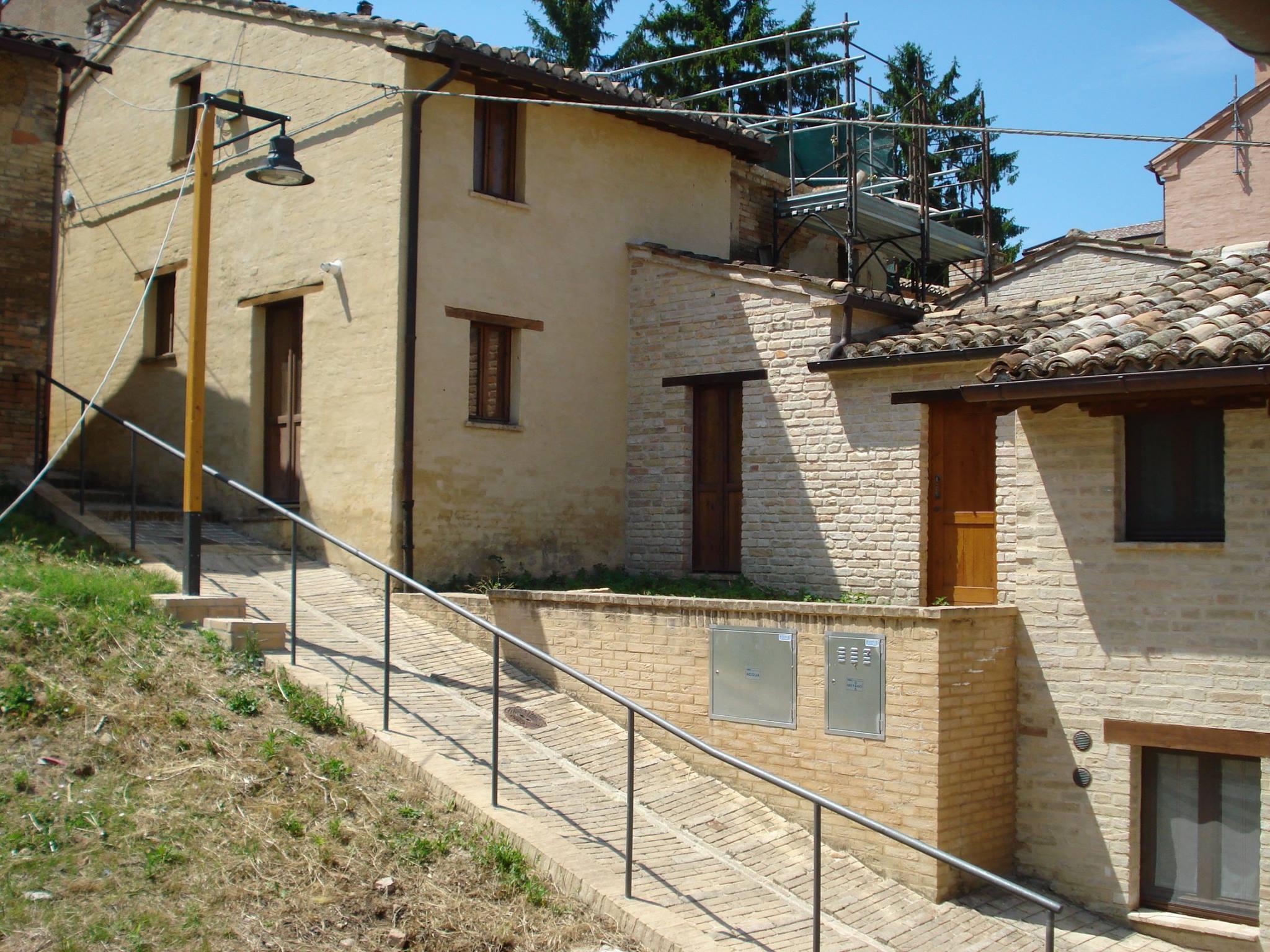 Ecomuseo. Le case di terra a Villa Ficana tornano a vivere