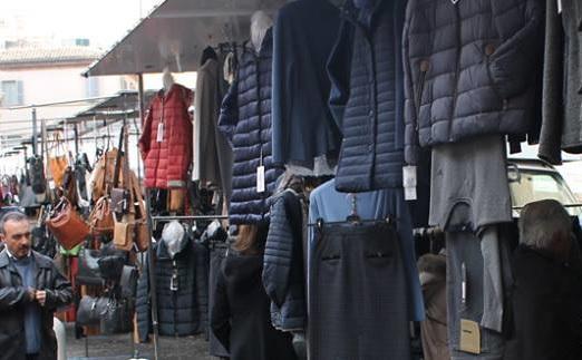 Torna il mercato settimanale a piazza Mazzini