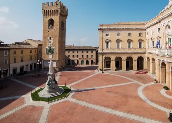 Recanati: Franceschini ha inaugurato la Torre del Borgo
