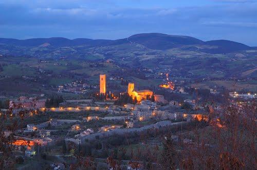 TAU a San Severino Marche: l'amore da Omero a Plotino