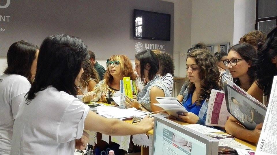 Secondo Open Day Unimc, mille studenti a conoscere l'ateneo