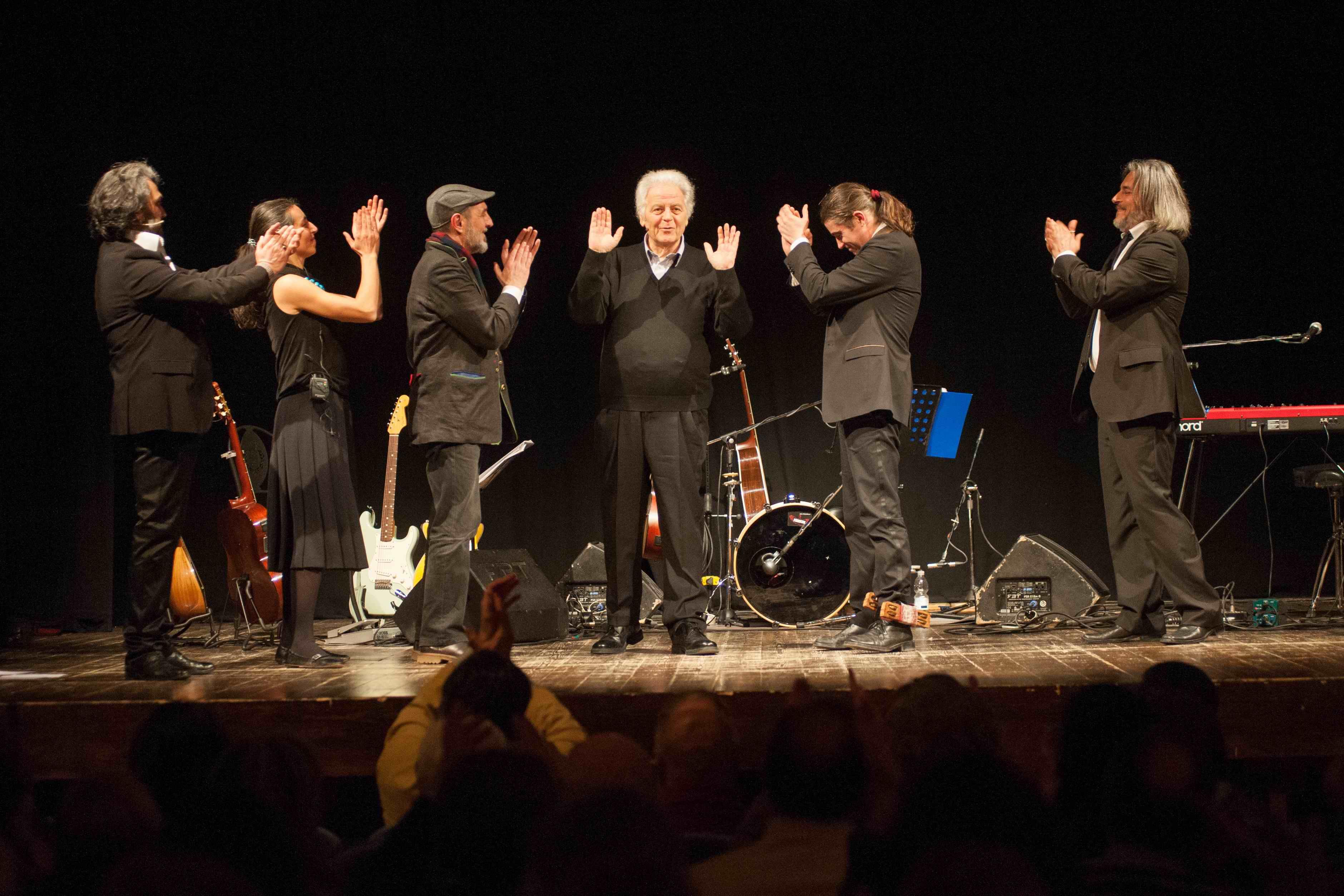 Tolentino, la canzone napoletana della compagnia di Musicultura