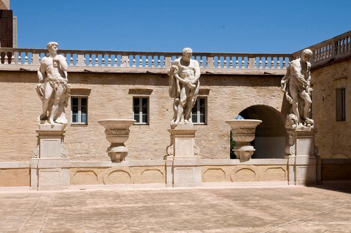 Macerata, monumenti e musei da vedere a Ferragosto