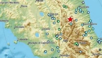 Scossa di magnitudo 5.4 alle 19,12. Epicentro in provincia di Macerata