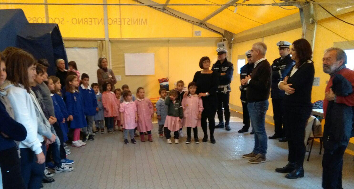 """""""Macerata Vicina"""", fondi e materiale didattico per la scuola di Gualdo"""