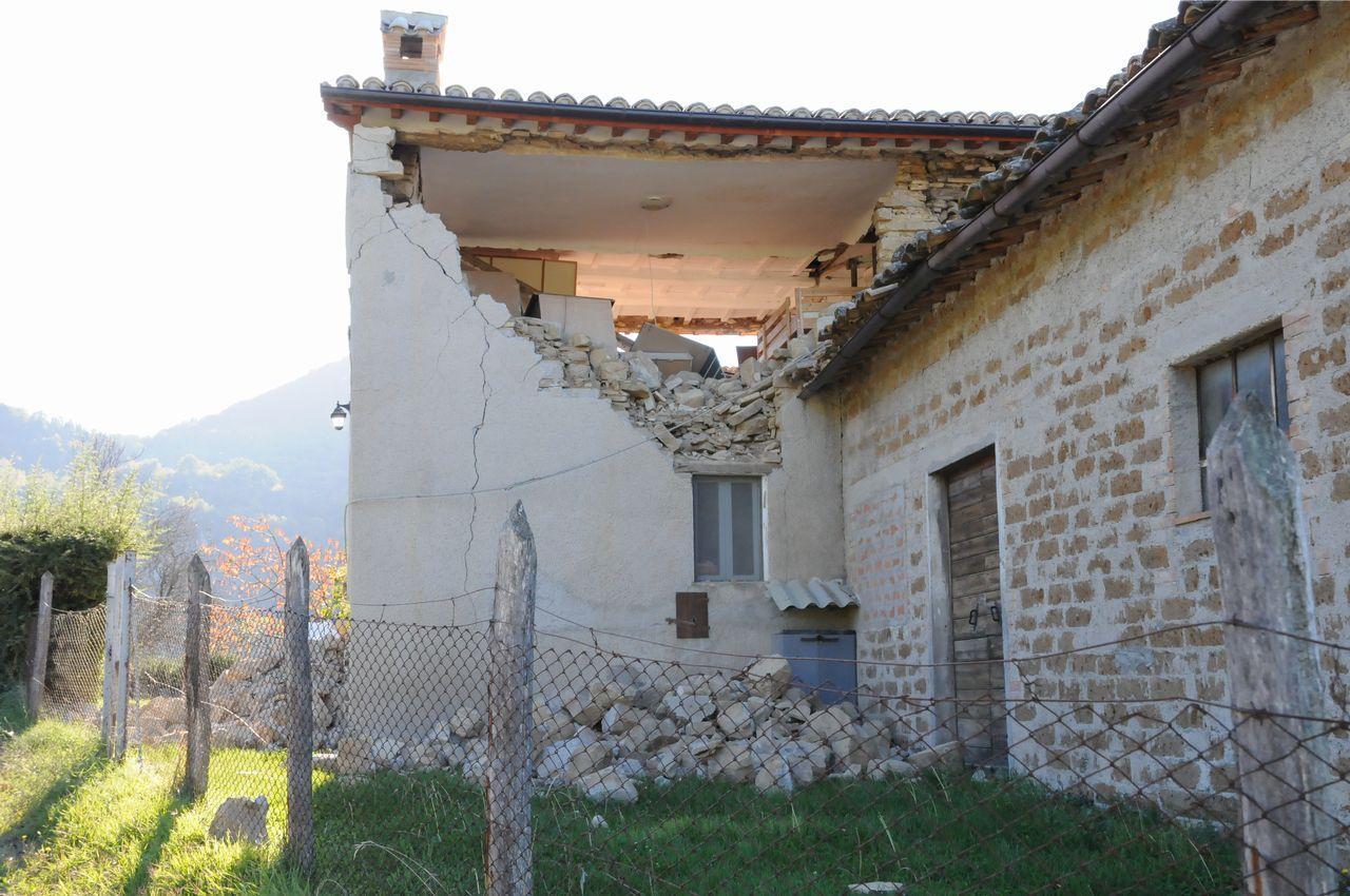 Dieci squadre al lavoro per le verifiche alle strutture agricole danneggiate