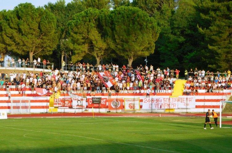 Maceratese-Parma sabato alle 20.30, tifosi insieme per i terremotati