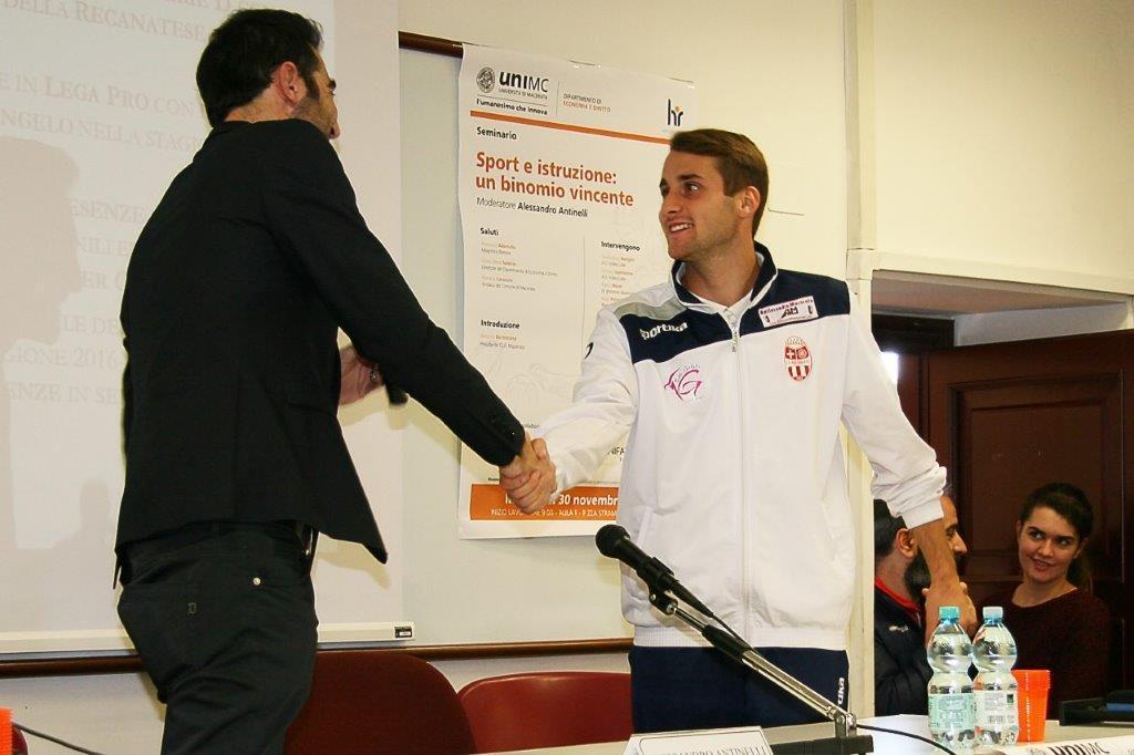 Passione e impegno, i campioni dello sport in cattedra a Unimc