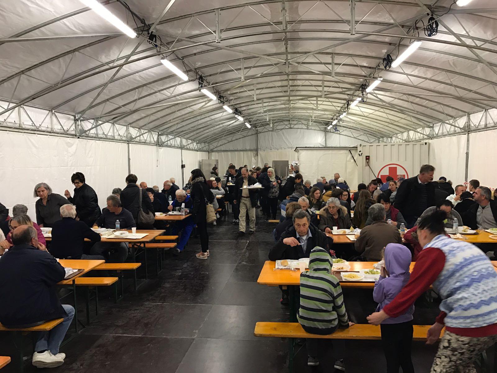 Da Civitanova Marche pranzo di pesce per i terremotati di Camerino