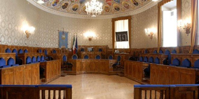 Macerata, il Consiglio comunale approva il bilancio di previsione 2017/2019