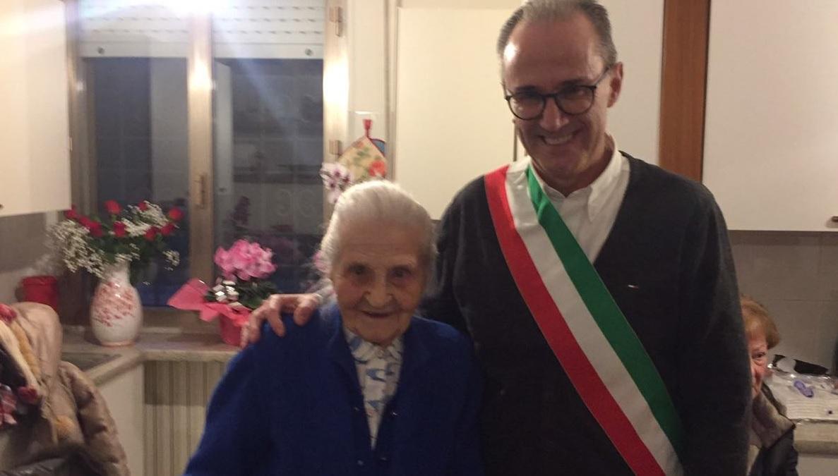 Cento anni per Dina Broglia Seccardini, gli auguri della città