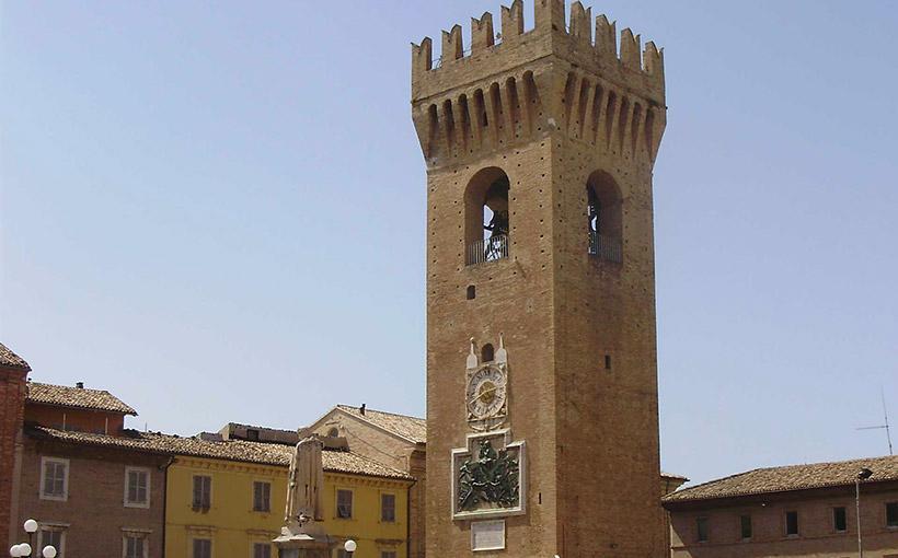 Torre del Borgo a Recanati, aperture speciali per le festività natalizie