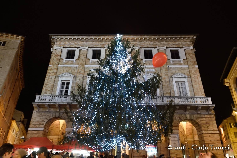 Macerata: Grand Tour, Stella di San Giuliano, Barattolo, teatro e presepe vivente