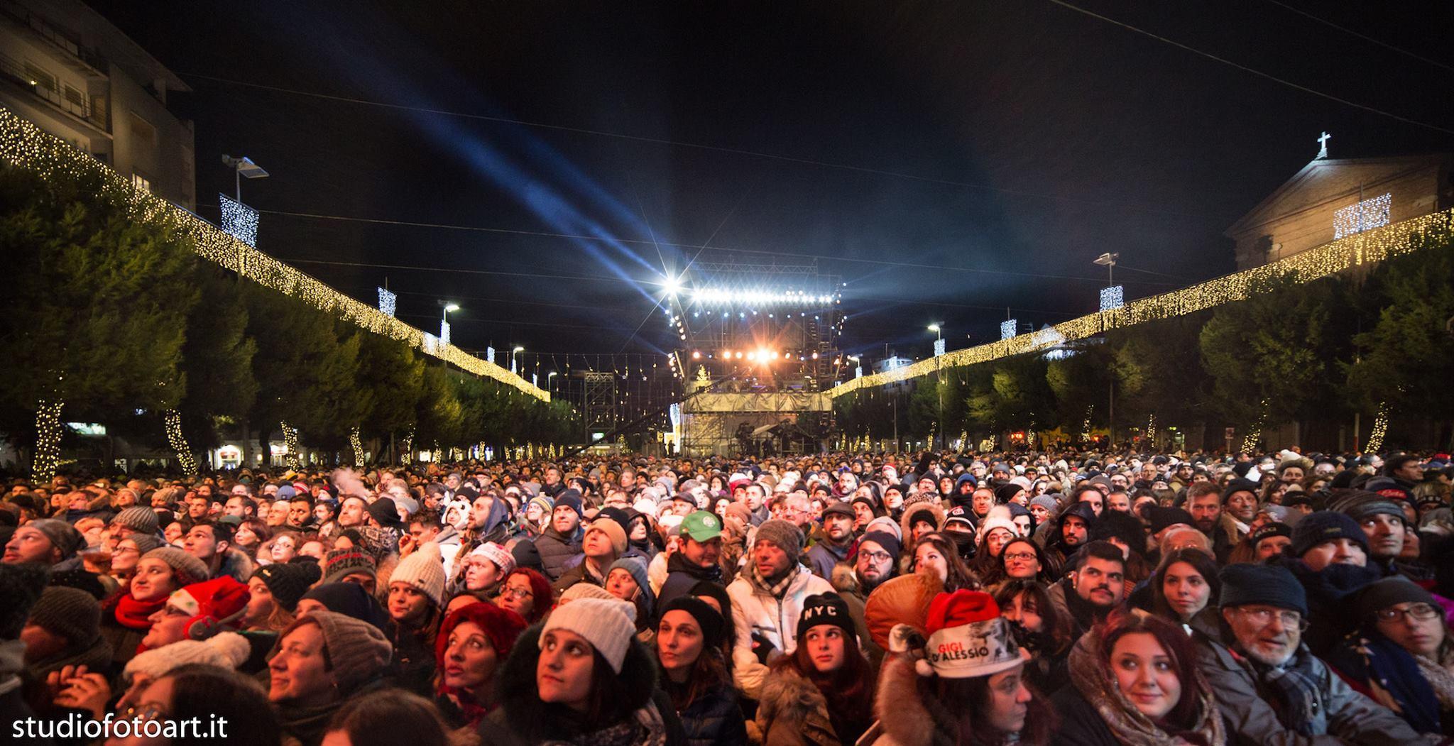 La pubblica sicurezza al concerto di capodanno a Civitanova, 7 persone denunciate