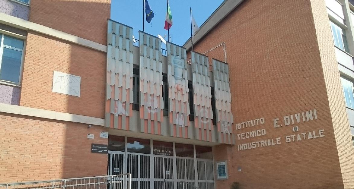 """San Severino Marche, si farà la nuova sede dell'Istituto Tecnico """"Divini"""""""