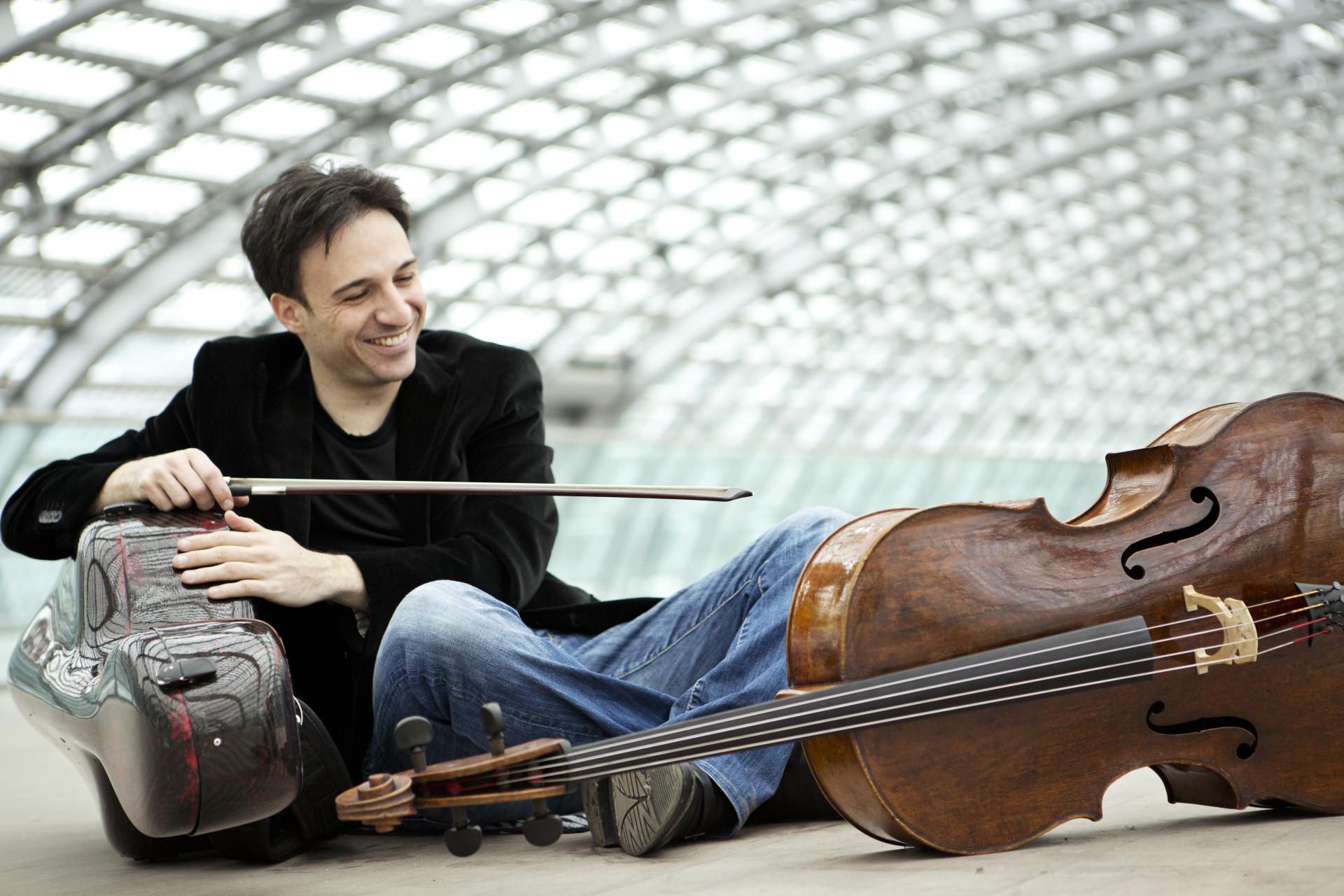 Il violoncellista Umberto Clerici e la Filarmonica Marchigiana al Lauro Rossi
