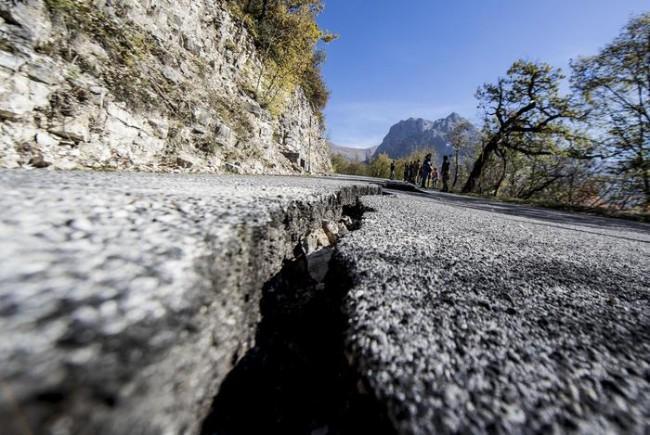 Terremoto, 286 milioni per ripristinare la viabilità nelle Marche