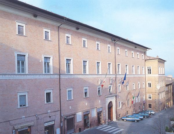 Prefettura, confronto in call conference con categorie e sindacati