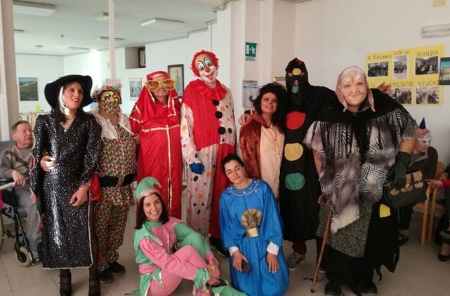 Pro Loco di Treia, festa di Carnevale alla Casa di Riposo Comunale