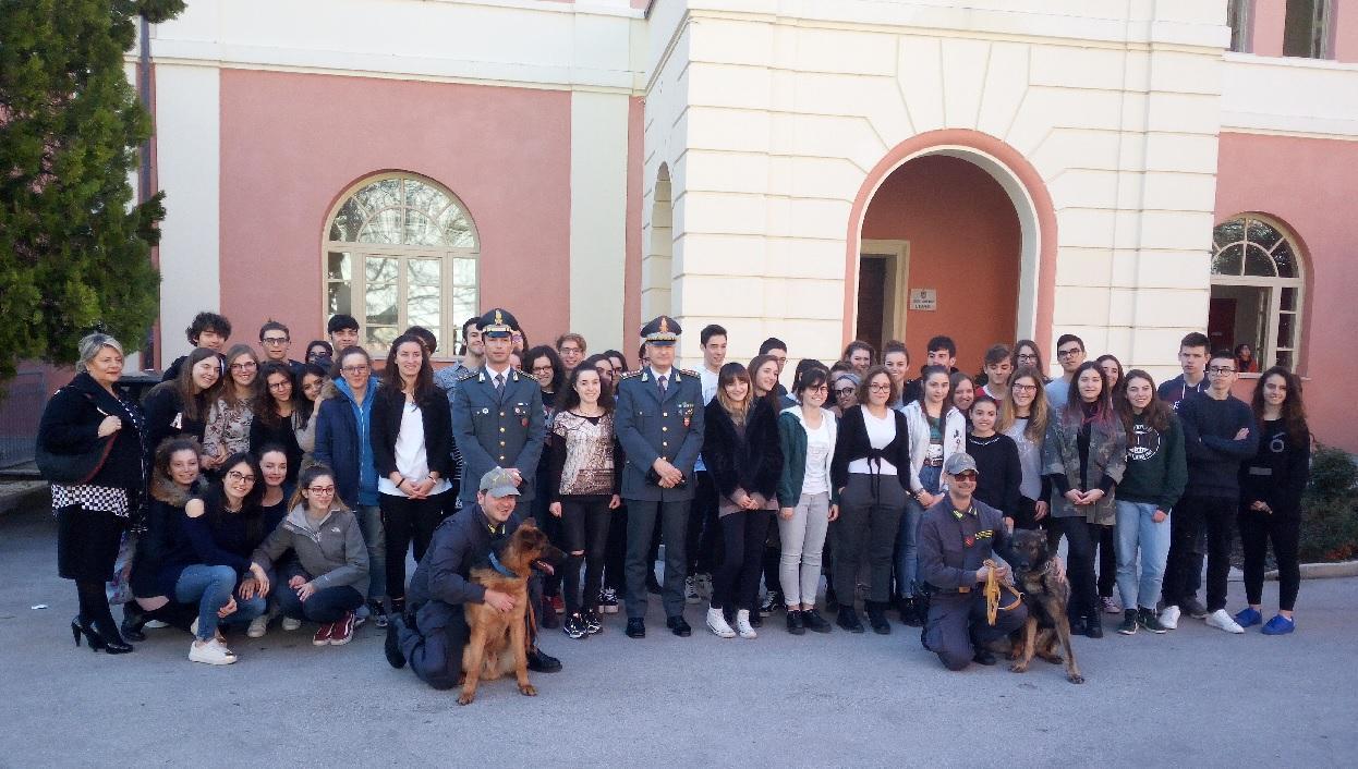 Educazione alla legalità economica, la Guardia di Finanza al Liceo Leopardi