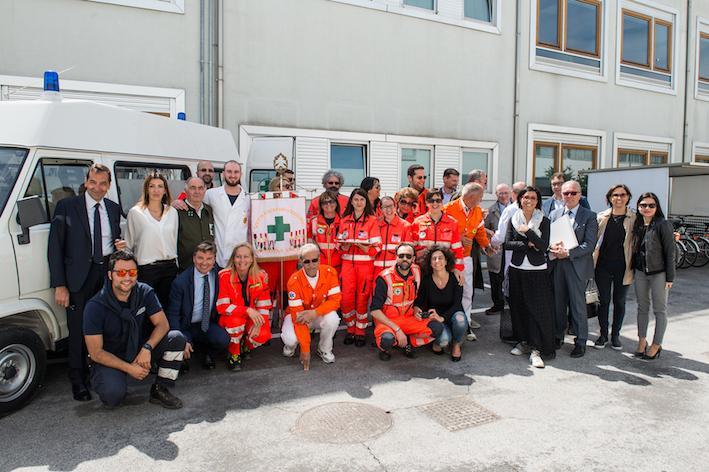 ICA dona un'ambulanza alla Croce Verde di Civitanova Marche
