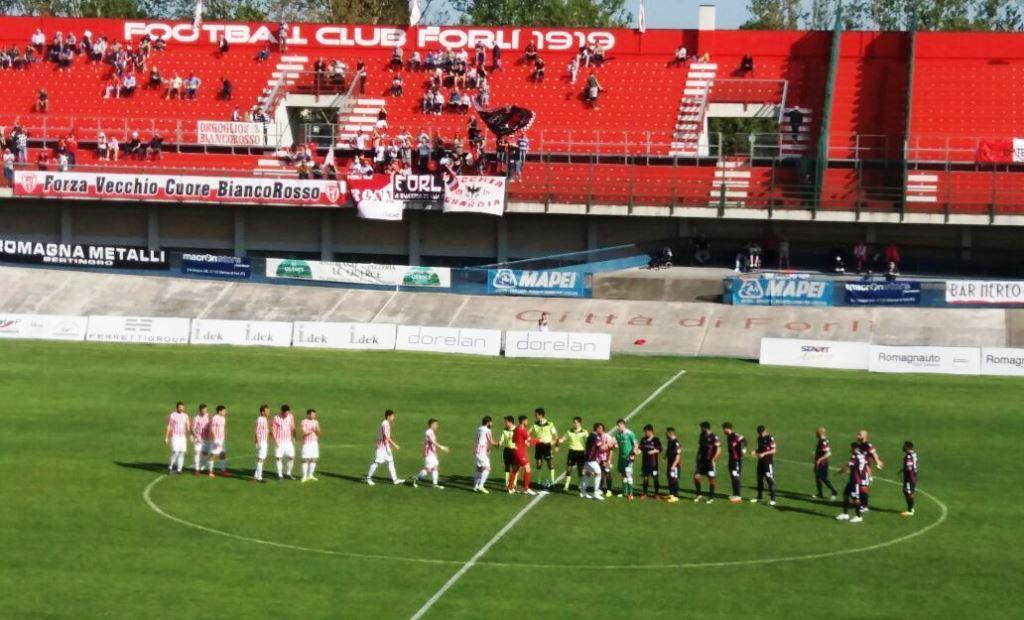 Forlì-Maceratese 2-3, biancorossi corsari e quasi salvi