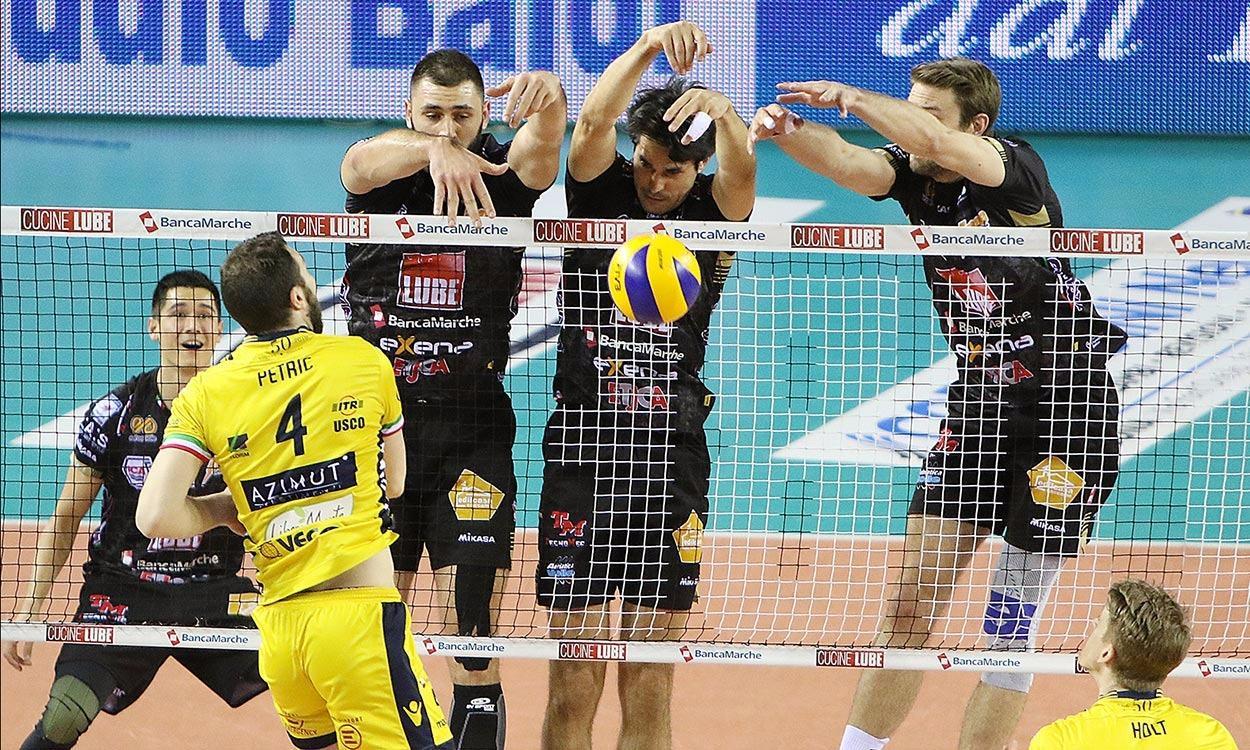Lube-Modena 3-2. Combattutissima Gara 3, serie di semifinale 2-1