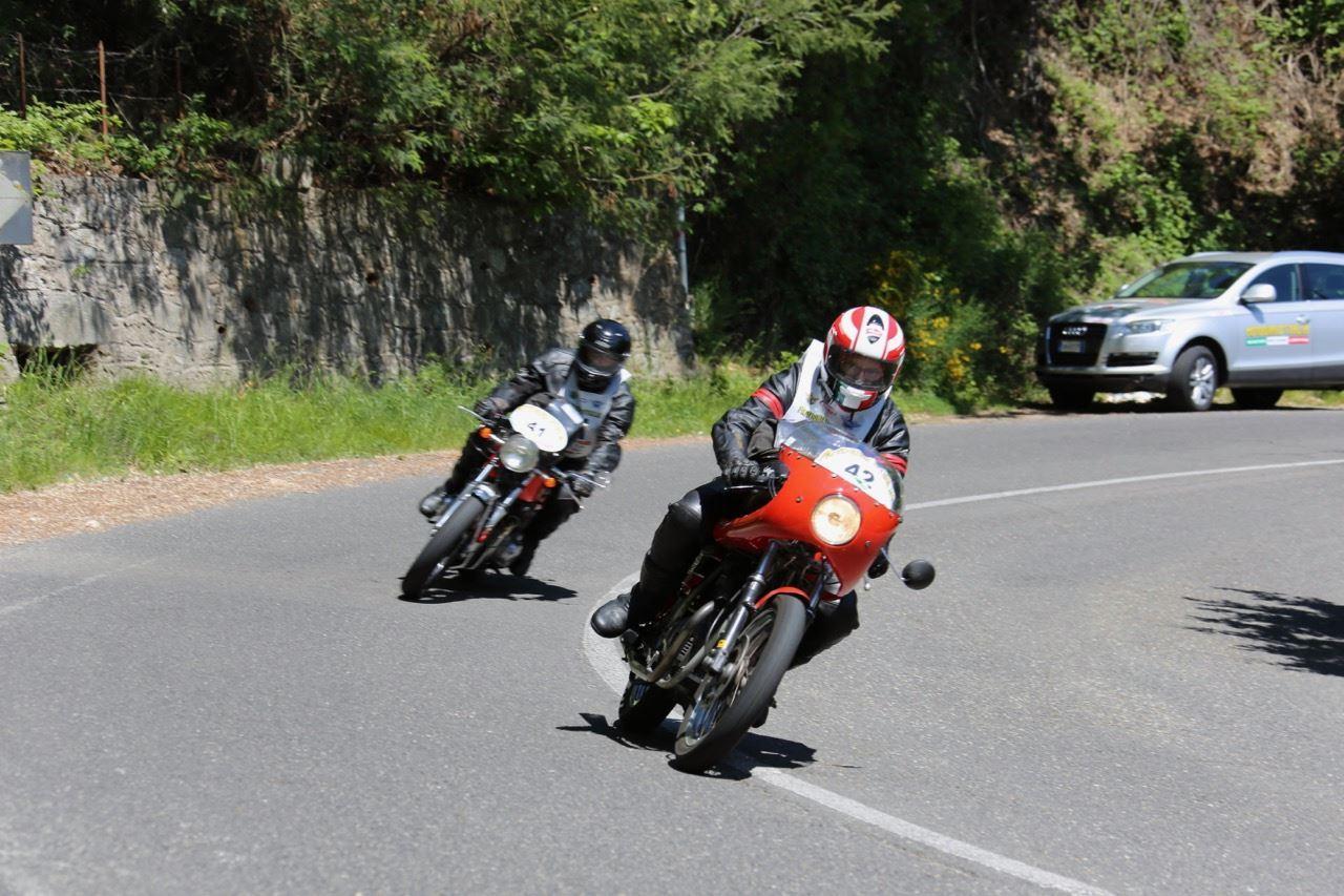Il Motogiro d'Italia per tre giorni sulle strade maceratesi
