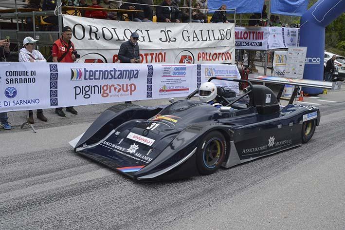Cronoscalata Sarnano-Sassotetto, accesi i motori del Trofeo Scarfiotti