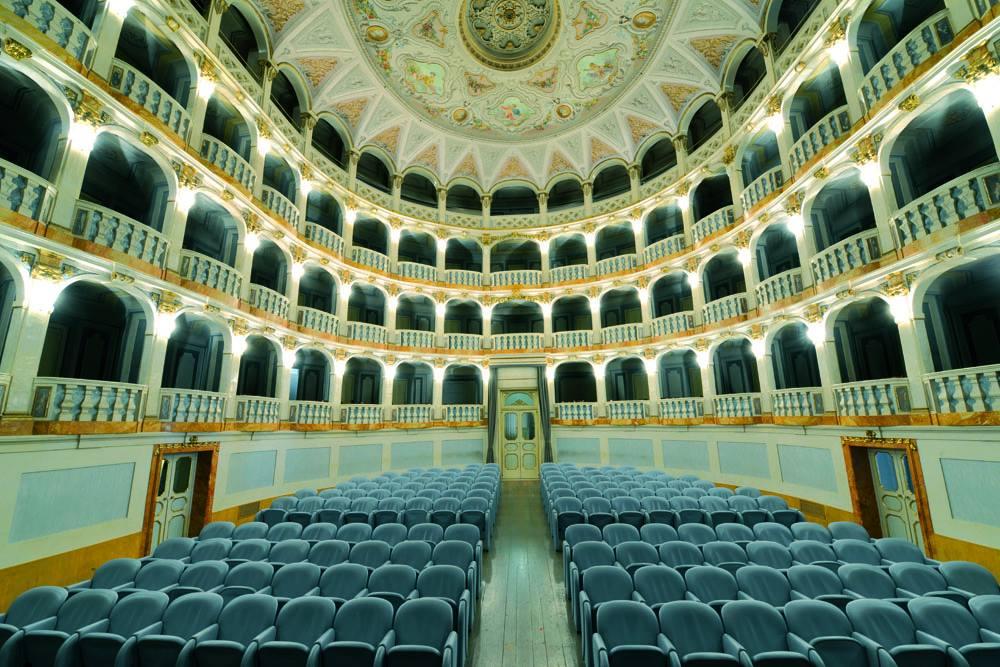 Macerata, musica al Teatro Lauro Rossi per Croce Verde e AIPA
