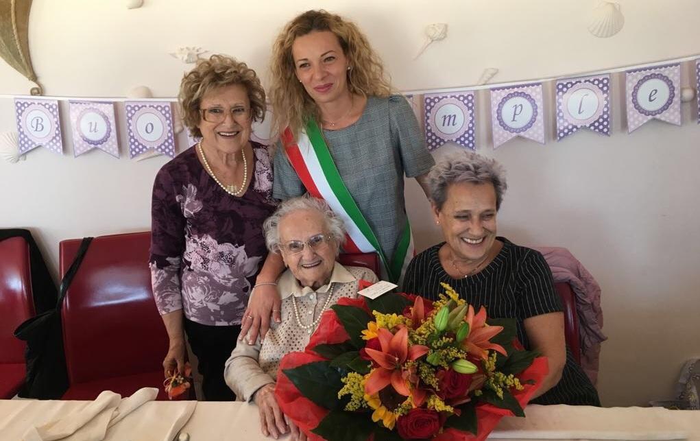 Civitanova Marche, Raffaellina Mei festeggia 100 anni