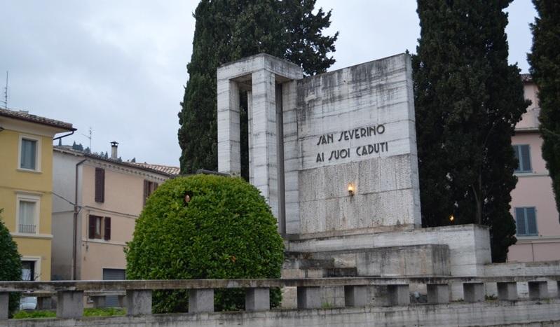 San Severino Marche, corteo per la Giornata delle Forze Armate
