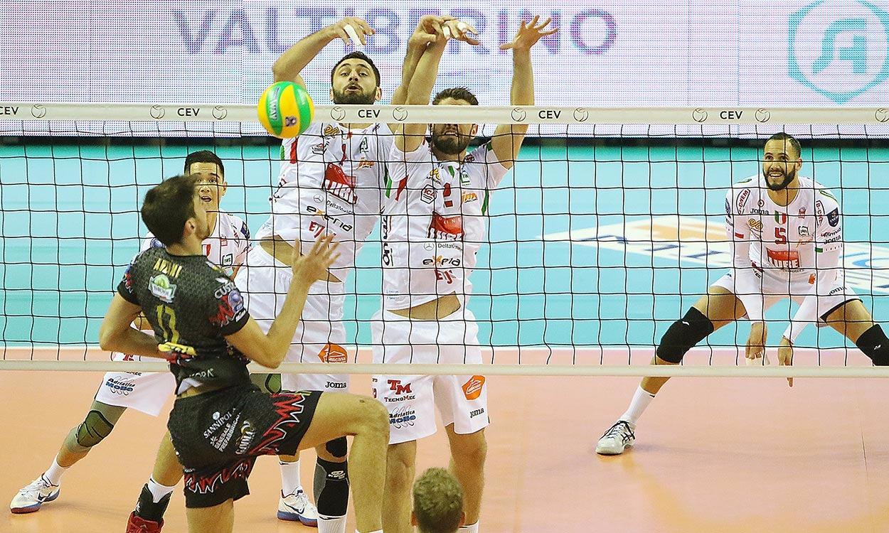 Champions, Perugia rimonta 2 set alla Lube e vince al tie break