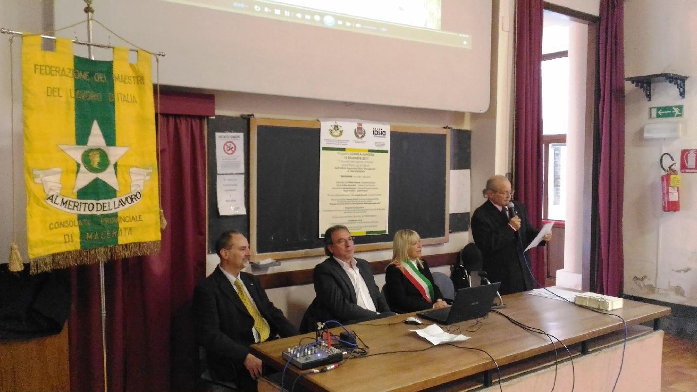 San Severino Marche, Maestri del Lavoro incontrano gli studenti