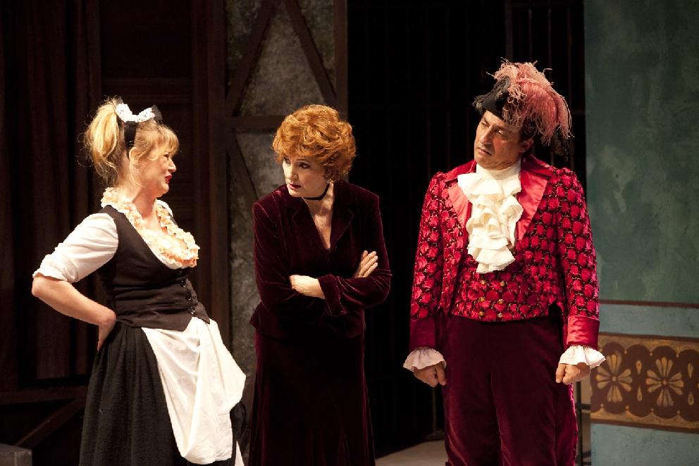 Il borghese gentiluomo con Emilio Solfrizzi al Teatro Lauro Rossi
