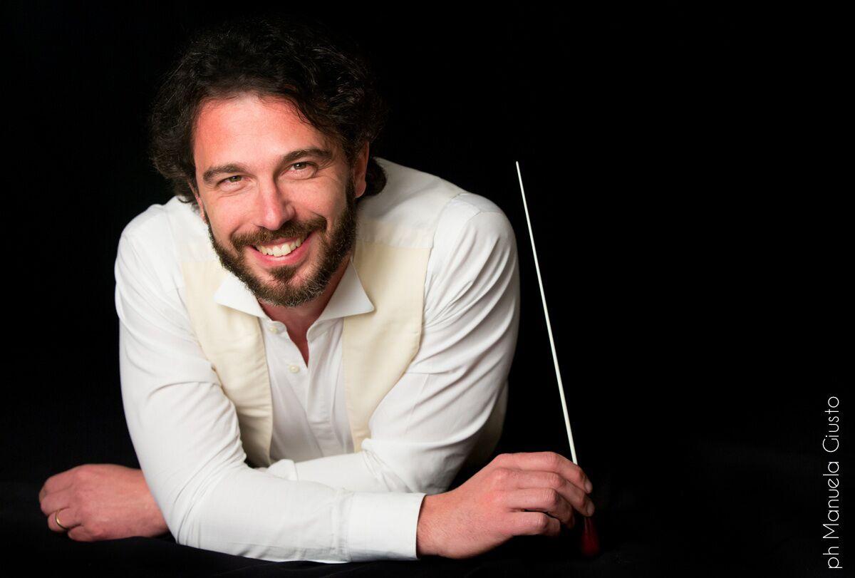 Macerata, Francesco Lanzillotta dirige la Filarmonica Marchigiana