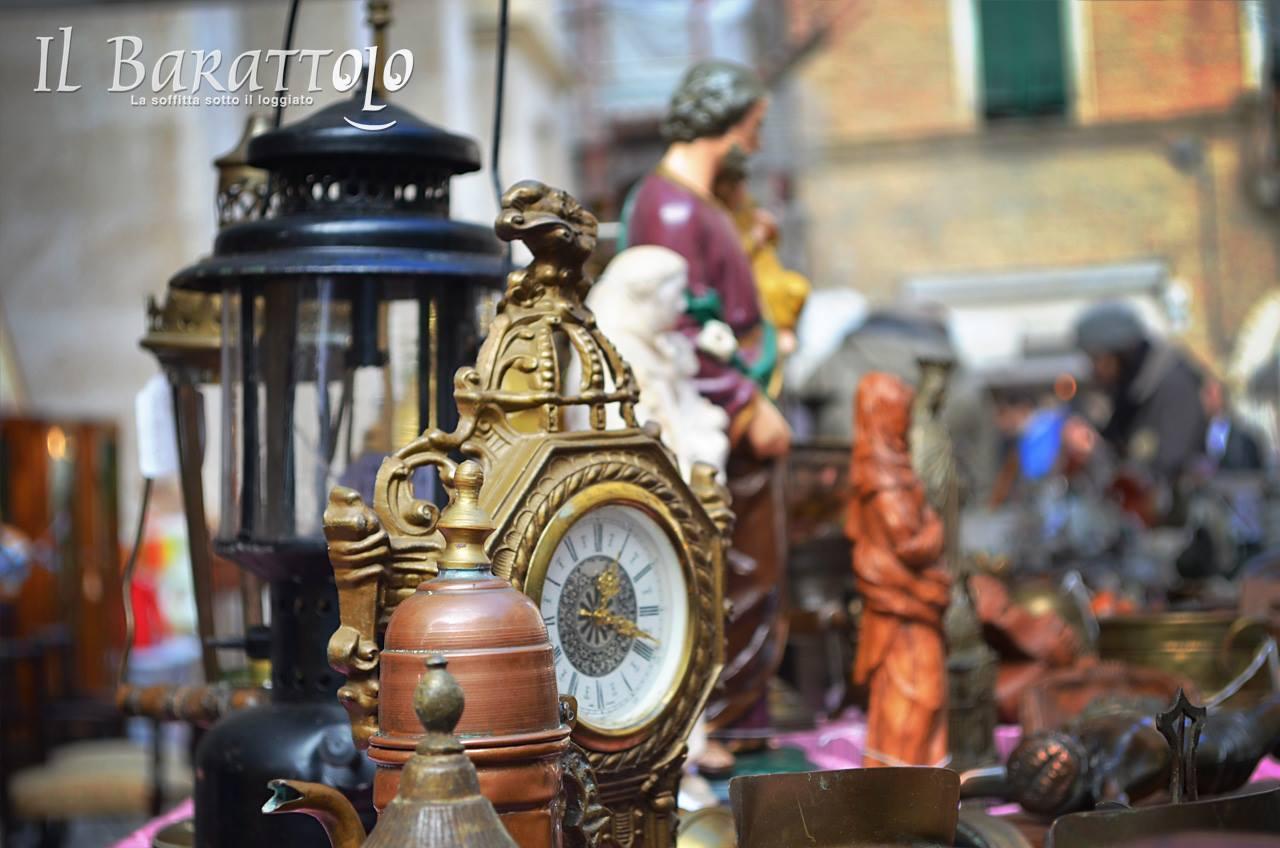 Il Barattolo a Macerata, mercato di occasioni e curiosità