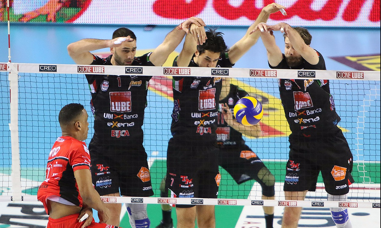 Lube-Piacenza 3-0, vinta la prima gara play off