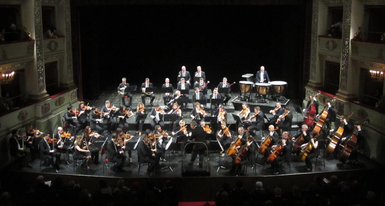 Macerata, concerto mozartiano dell'Orchestra Filarmonica