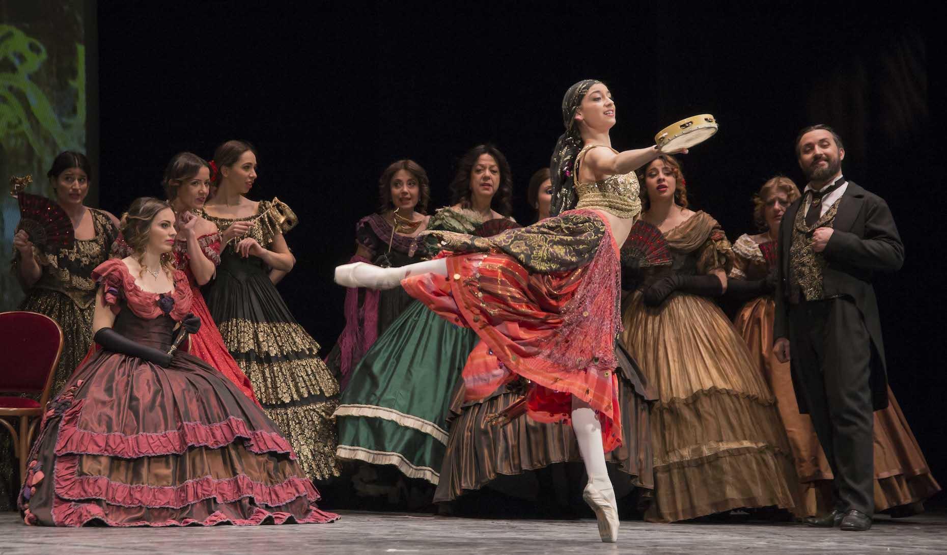 Civitanova Marche, successo de La Traviata al Teatro Rossini