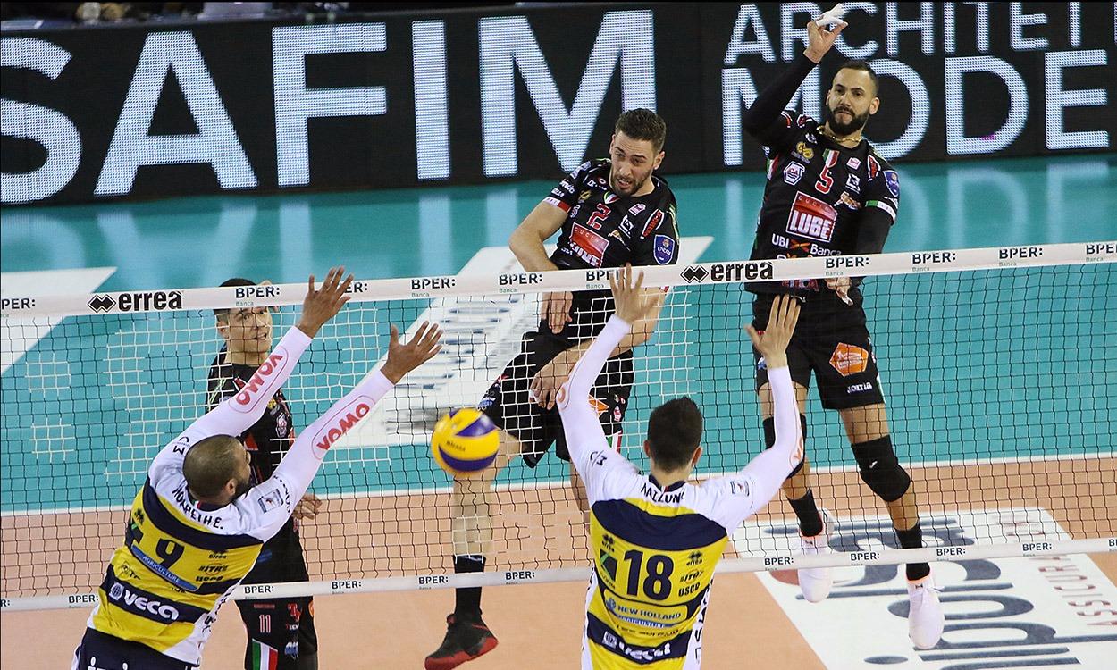 La Lube perde 1-3 a Modena, 1-1 nella serie con l'Azimut