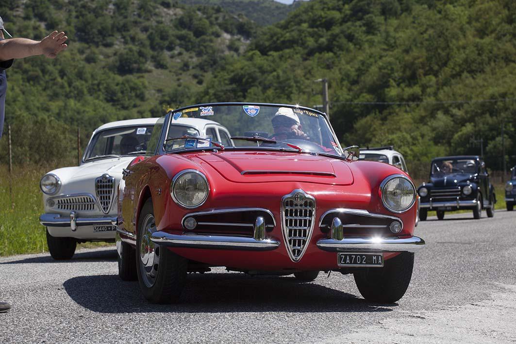 """CAEM """"Scarfiotti"""", Giro delle Abbazie per auto d'epoca"""