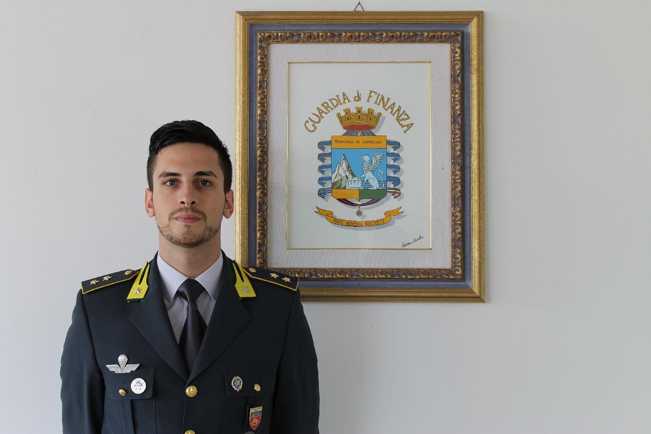 Camerino, Alessandro Tomei nuovo comandante della Finanza