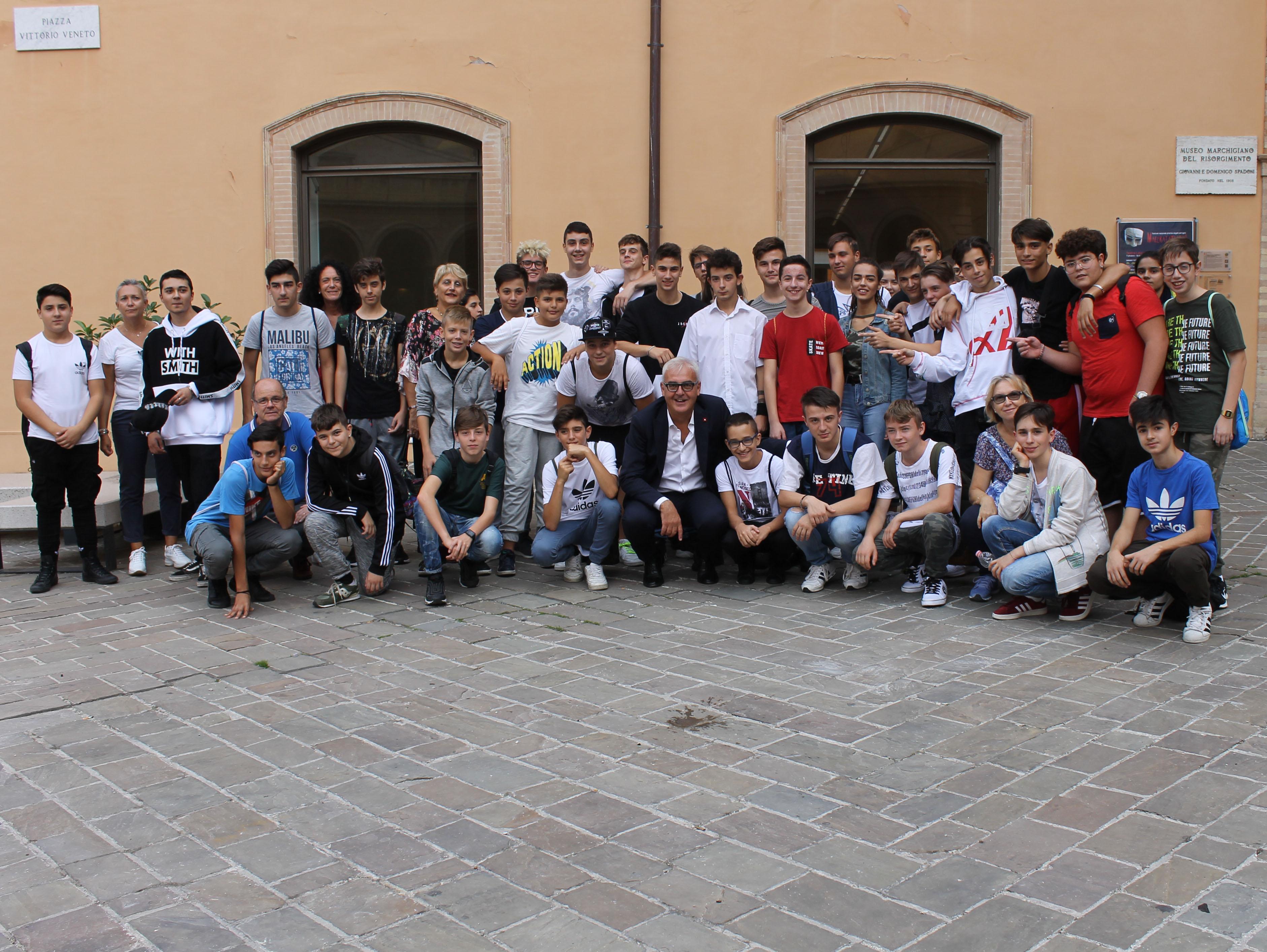 Macerata, il sindaco incontra gli studenti del Bramante Pannaggi